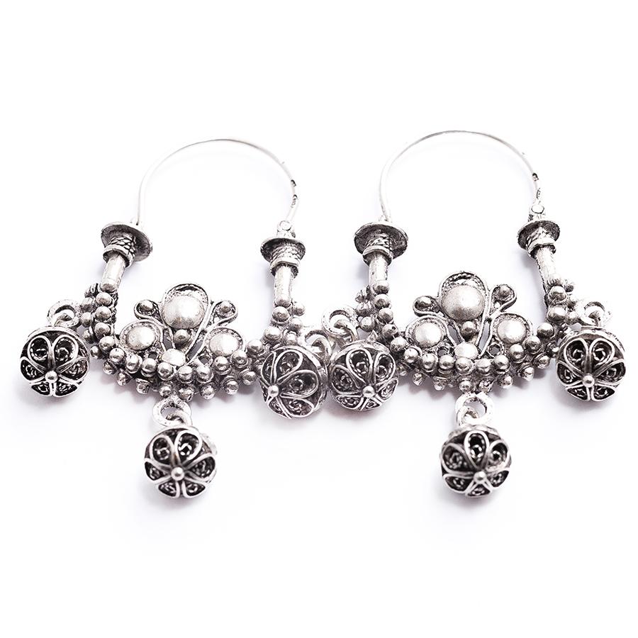 dalmatian-traditional-earrings